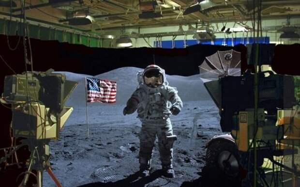 """Ассанж ответил на арест, раскрыв фэйк """"американского покорения Луны"""" видео-доками"""