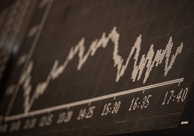 Минфин: средств ФНБ хватит для покрытия выпадающих доходов до 10 лет при цене нефти до $25