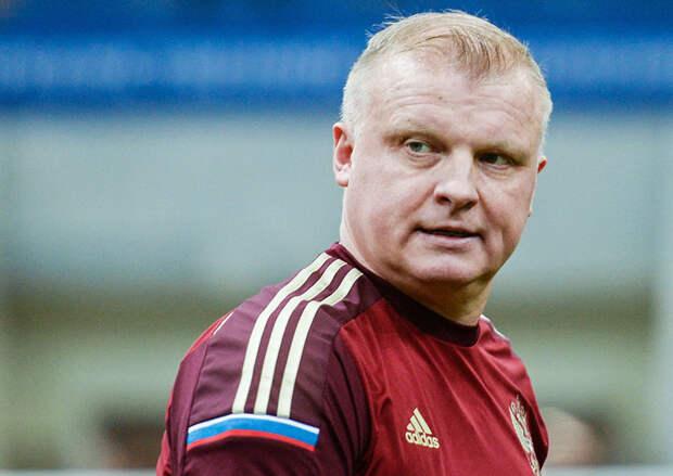 Стало известно, кто может стать новым главным тренером «Ленинградца»