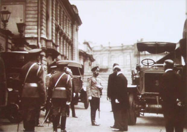 В Кремле приоткрыли автомобильный гараж династии Романовых