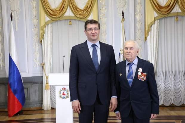 Глеб Никитин вручил первые юбилейные медали «Впамять 800-летия Нижнего Новгорода»