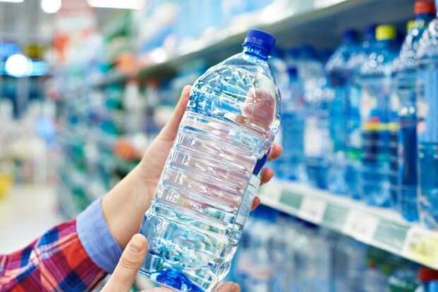 Названы цены на бутилированную воду в Симферополе