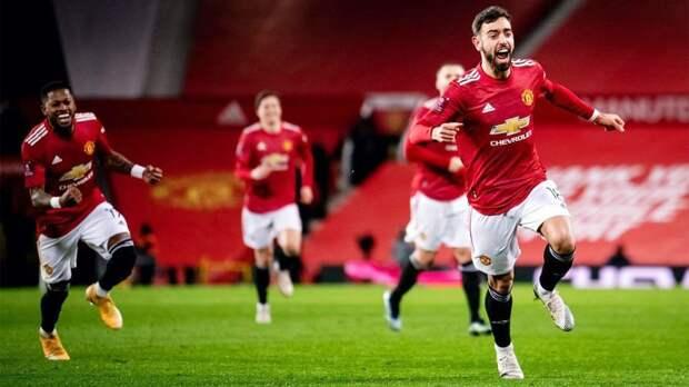 """Бруну Фернандеш признан игроком сезона в """"Манчестер Юнайтед"""" и автором лучшег..."""