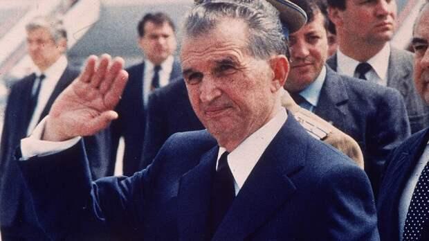 Чаушеску во время официального визита.
