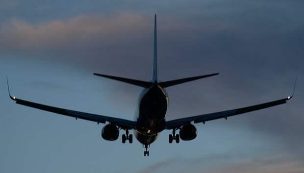 Более 30 рейсов задержали и отменили в столичных аэропортах