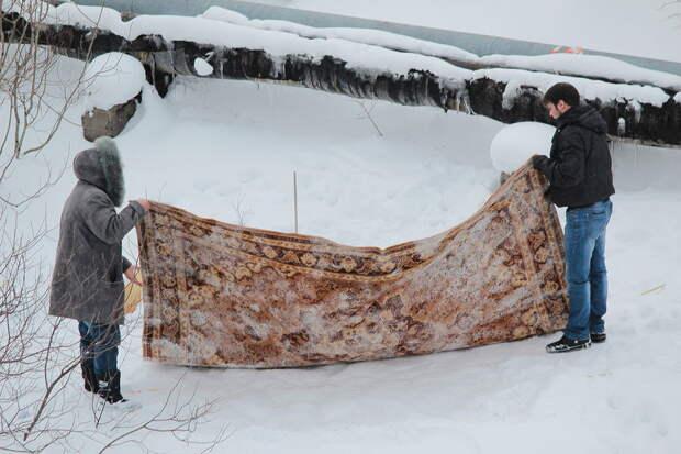 Молдованам хотят запретить выбивать ковры