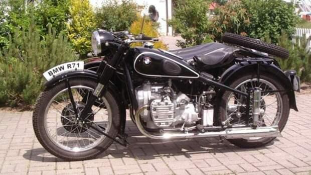 Урал: единственный мотоцикл СССР, который принял Запад