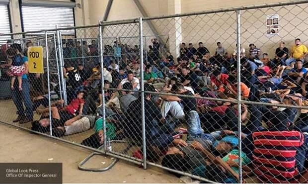 Минздрав США выделил $2 млрд из средств для борьбы с COVID-19 на мигрантов