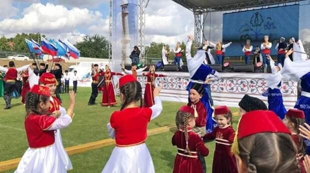"""Праздник """"Дервиза"""" в Крыму отменили из-за плохой погоды"""