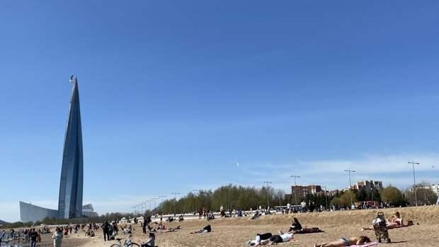 Петербуржцам назвали дату открытия пляжного сезона
