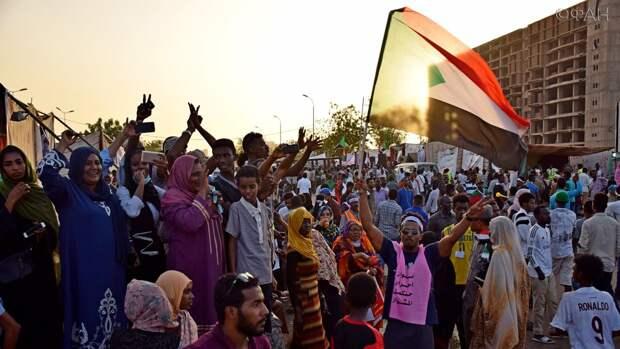 Переходный военный совет Судана держит под контролем ситуацию с массовыми провокациями