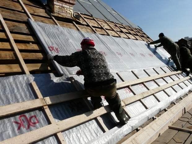 5 частых ошибок в утеплении потолка и крыши в бане, которые сказываются на тепле и долговечности