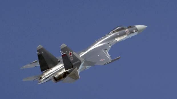 МО РФ опровергло заявления Эстонии о нарушении воздушного пространства истребителями Су-35