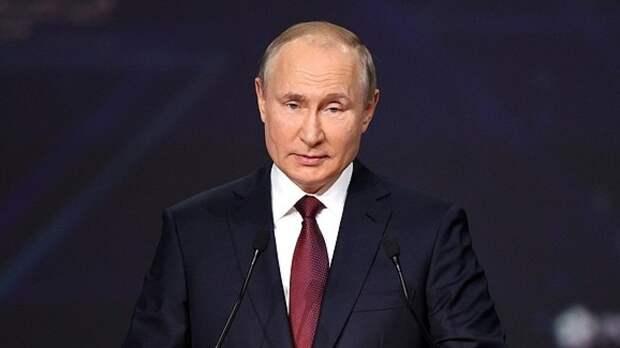 Путин выразил соболезнования семье скончавшегося космонавта Шаталова