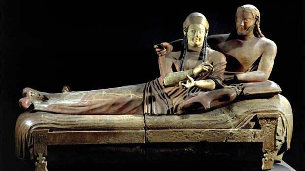 Саркофаг этрусской супружеской пары из Черветери, VI век до н.э. Фото с сайта introtowestern.blogspot.ru
