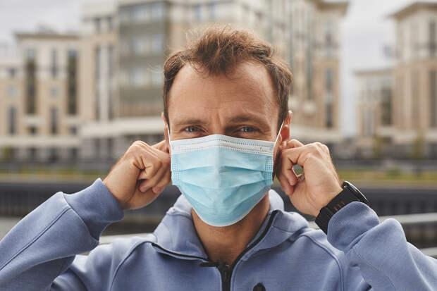 В России за сутки выявлено 8373 случая коронавируса