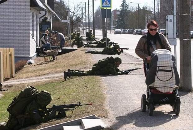 Таким в НАТО не место. Эстонские резервисты едва не провалили военные учения