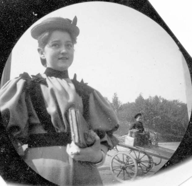 20 интересных  и загадочных исторических снимков, требующих пояснения