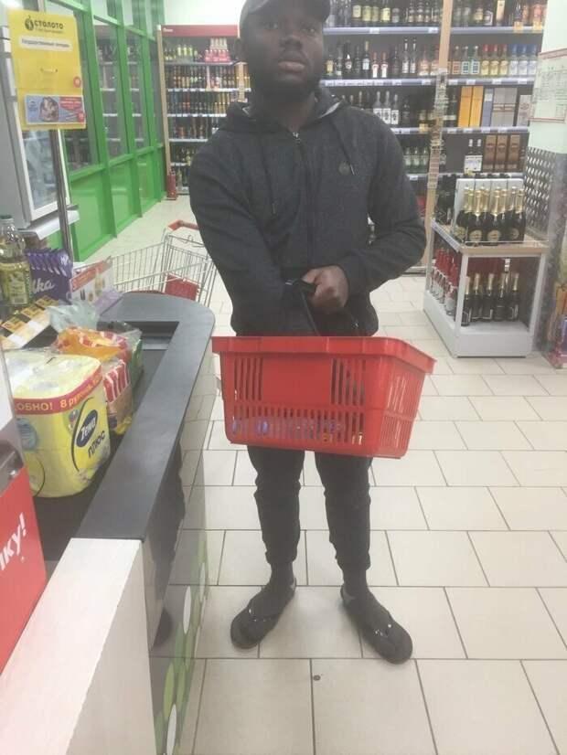 Минутка черного юмора, или Простые будни африканцев вРоссии