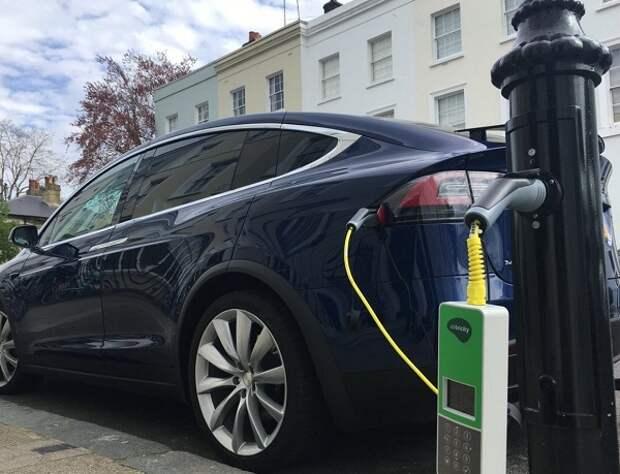 Электромобиль обходится в несколько раз дешевле обычного авто