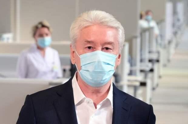 В Москве продлили выходные, чтобы приостановить рост заболеваемости COVID