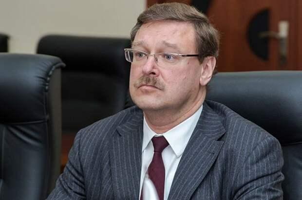 Косачев ответил на заявления Байдена об отношениях США с Китаем и РФ