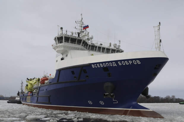 Судно тылового обеспечения «Всеволод Бобров» вышло из Санкт-Петербурга на очередной этап заводских ходовых испытаний после планового докового осмотра