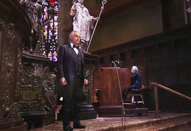 Концерт  Андреа Бочелли в пустом Миланском соборе в день Пасхи