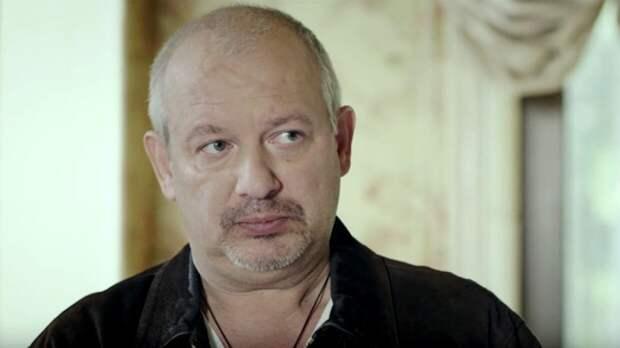 Друг покойного Дмитрия Марьянова показал разоренную родственниками квартиру актера