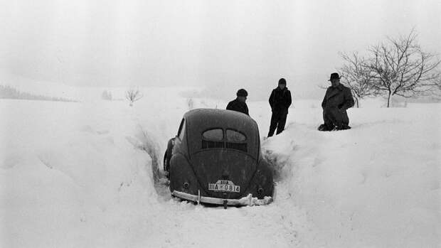 Этот старый Volkswagen Жук 1939 года на самом деле Porsche