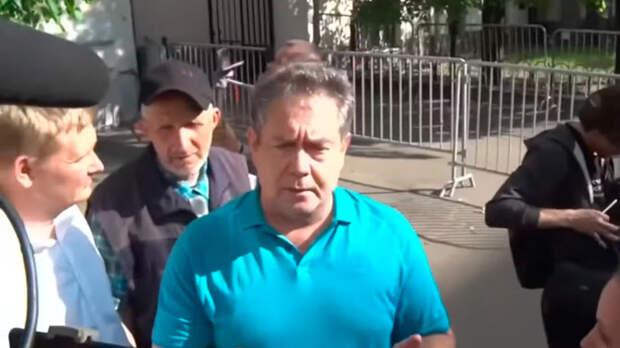 После почти годичного домашнего ареста Платошкина, ему присудили 5 лет условного заключения