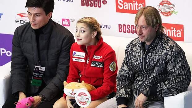 Розанов прокомментировал слухи о попытке перейти из академии Плющенко в ЦСКА к Буяновой