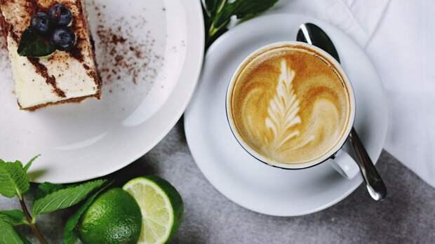 Кардиолог Иванов порекомендовал гипотоникам отказаться от кофе
