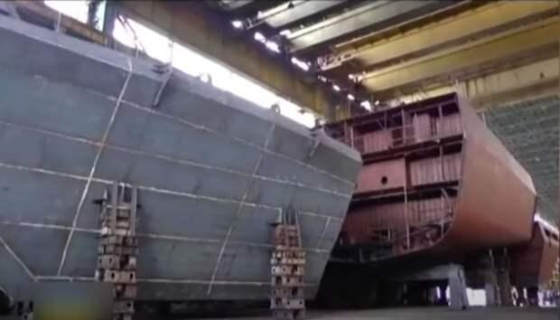 Корвет ВМС Украины «разорвало» на части