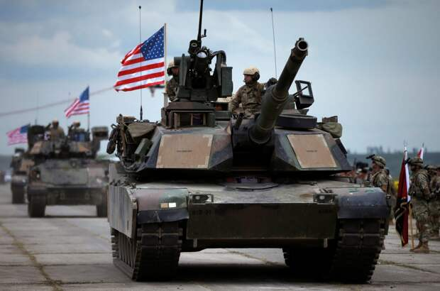 Самостийники мечтали о танках США на Крещатике с первого дня «незалежности» – Погребинский