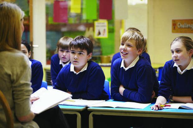 Глава Минцифры объяснил, в чем преимущество электронного контента для сельских школ