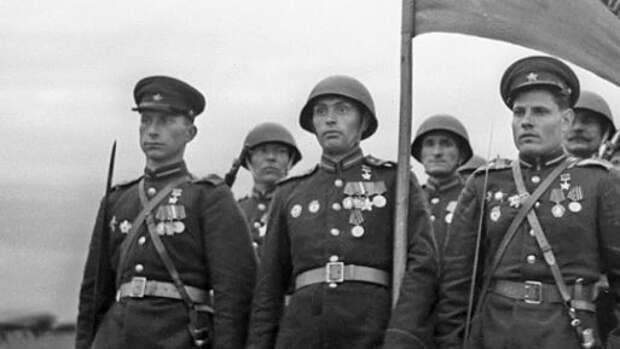 """Архивы МО об освобождении Европы от нацистов напомнили россиянам о """"Майском вальсе"""""""