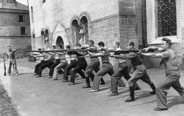 Игроки шли на фронт прямо со стадиона: был ли спорт в годы Великой Отечественной войны