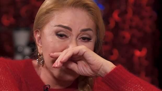 Близкие Успенской переживают о ее здоровье из-за грядущего раздела имущества с мужем