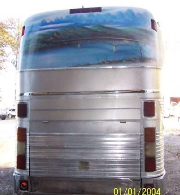 10/15 Eagle tour bus