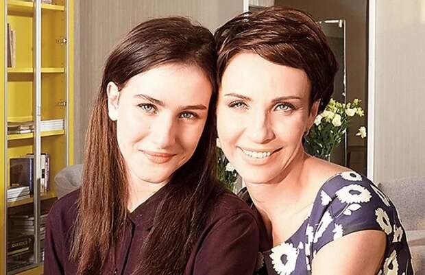 Как живет сейчас Ксения Турчинская, дочка легендарного «Динамита»