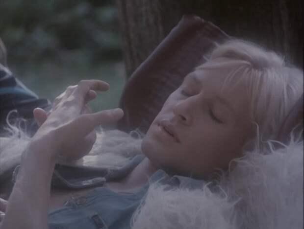 Кино 90-ых: Мордашка (1990).