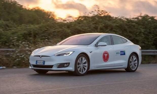 Установлен мировой рекорд по продолжительности езды на электромобиле