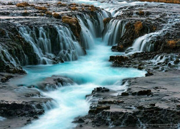 От силы и энергии этих водопадов у вас завибрирует дажемышка