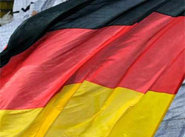 Тень нацизма встает в Германии в полный рост