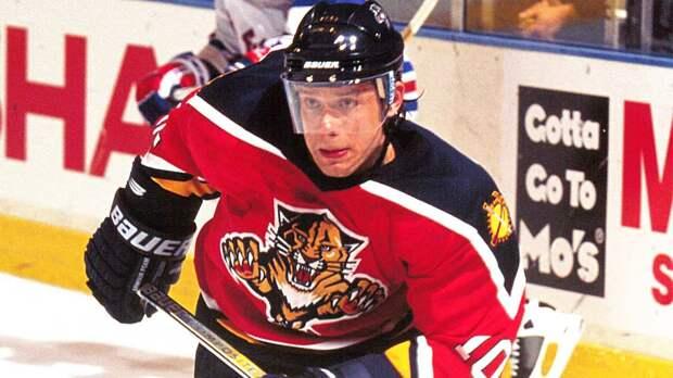 Легендарному голу Буре — 18 лет. Он вколотил шайбу в ворота «Бостона» и стал первым русским, забившим 400 раз в НХЛ
