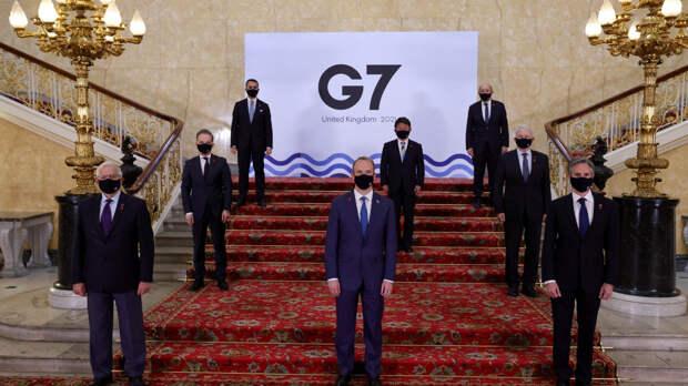 Фотоотчет G7 свидетельствует, что участники боятся друг друга, отрицая при этом помощь русской вакцины