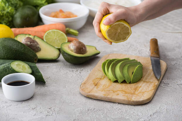 7 бед — один ответ: Полезные свойства лимона, о которых должен знать каждый