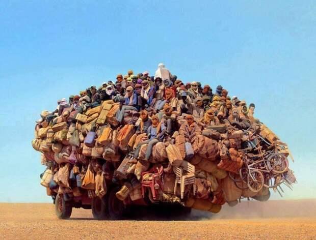 В пустыне Сахара авто, автомобили, автоприкол, груз, подборка, прикол, фото, юмор