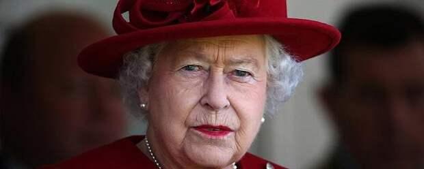Принц Гарри впал в немилость Елизаветы II из-за откровений о детских страданиях